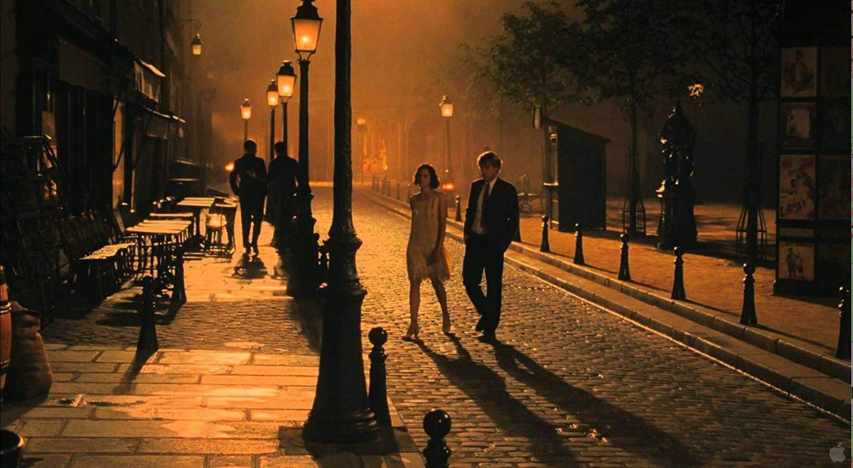 สวนกระแสความวุ่นวายในฝรั่งเศส ด้วยการย้อนไปดูหนังรักโรแมนติกในดวงใจ Midnight in Paris
